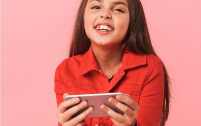 Buying Kids a Mobile Phone, What You Need To Know