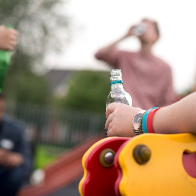 teenage drinking is worse in bored teenagers