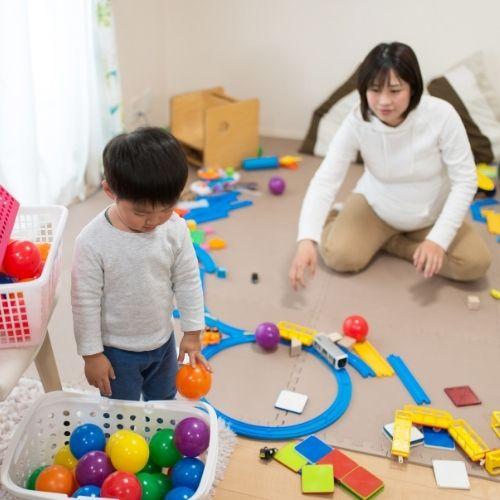 how to parent like a minimalist