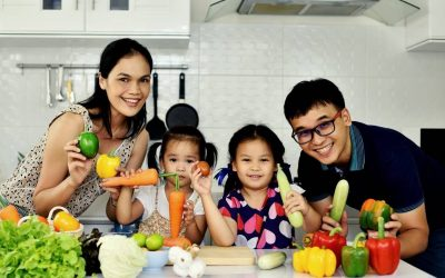 5 Healthy Eating Habits Parents Should Teach Their Kids