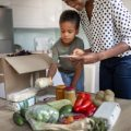 meal box delivery for families