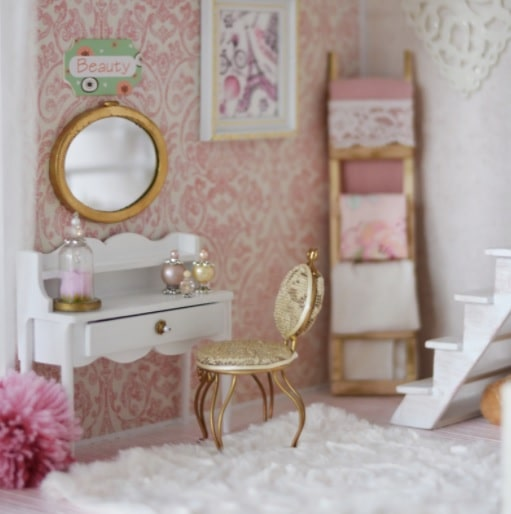 tips for buying dollhouse furniture