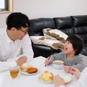 ways parents can bond with their toddler