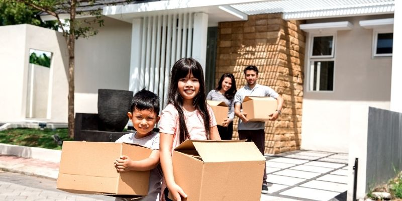 Moving to a new state with kids