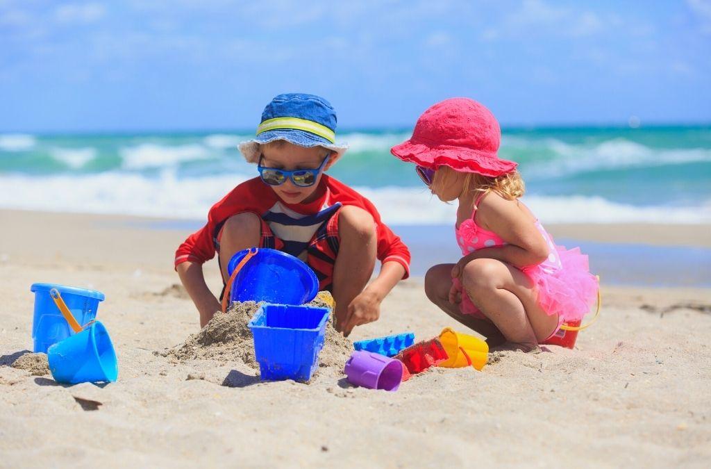 sun safe kids on a summer beach