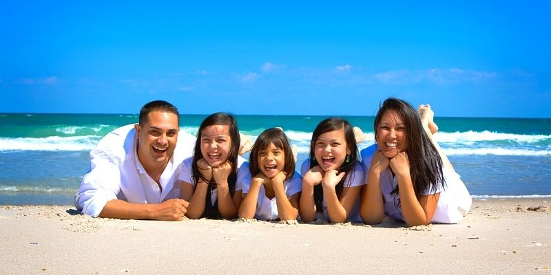traveling with kids creates strong family bond
