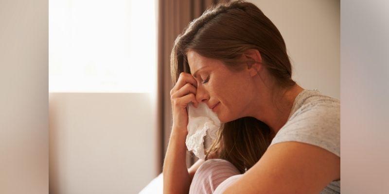 woman crying postpartum depression