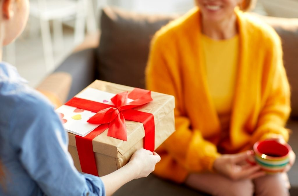 Best Gifts For New Moms In 2021