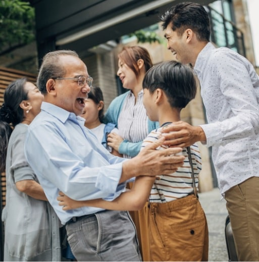 how kids can benefit from a family reunion-min