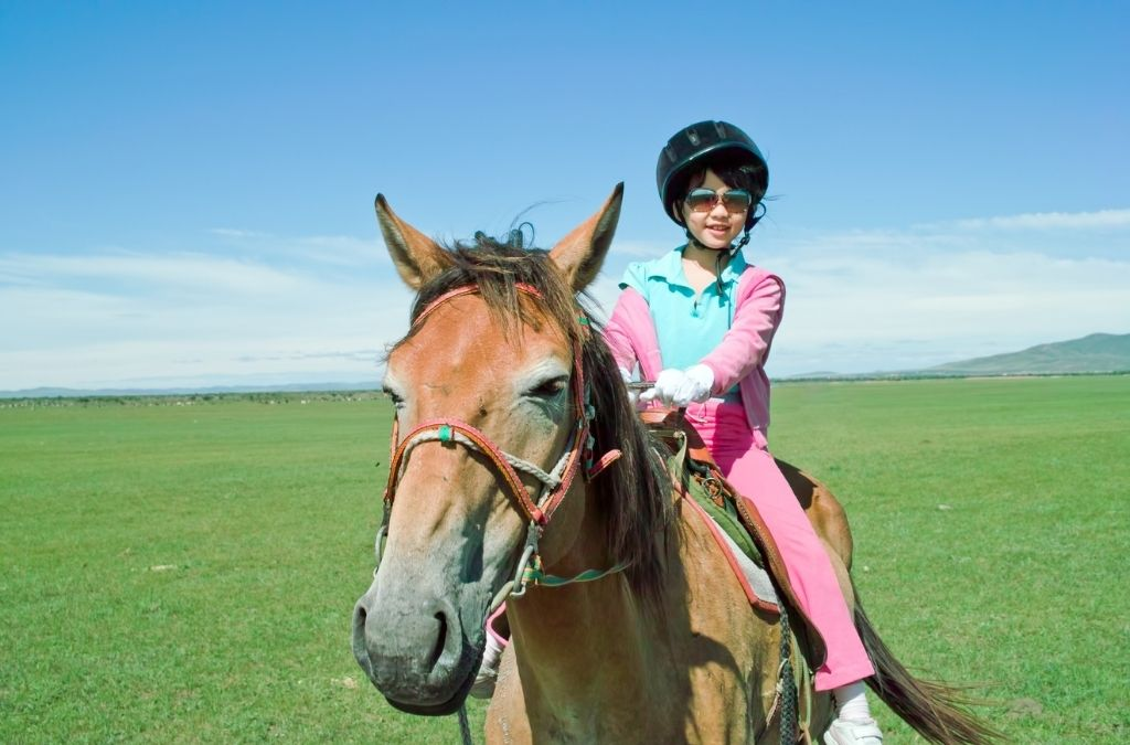 Tips And Tricks For Kids Starting With Horse Riding